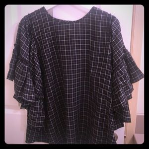 Great Condition! Black & White Blouse